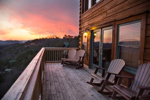gatlinburg leconte for you tn tennessee view htm large upscale lodge luxurious cabins