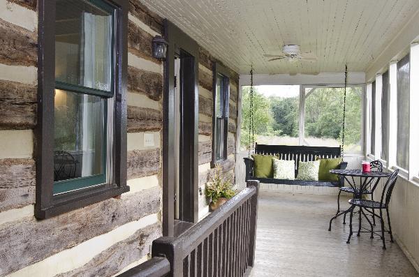 Willow haven cabin lexington virginia for Cabin rentals near lexington va
