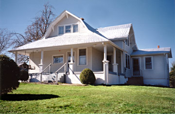 Country Cottage of Damascus, LLC - Damascus, Virginia
