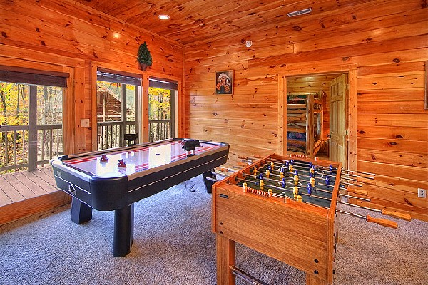 sale by cabins ca rentals estate rental in for real arrowhead included rent club shops village beach cabin lake