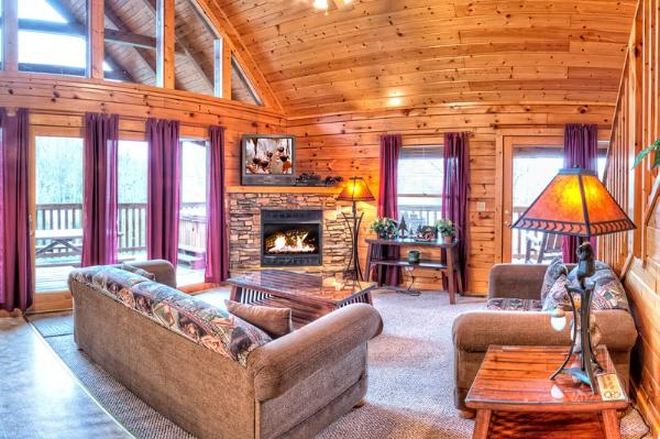 pigeon in cabins log top newdorpbaptist timber facebook rent forge cabin tops for home luxury com rentals to