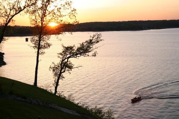 We Have Beautiful Lakefront Cabins On Douglas Lake ...